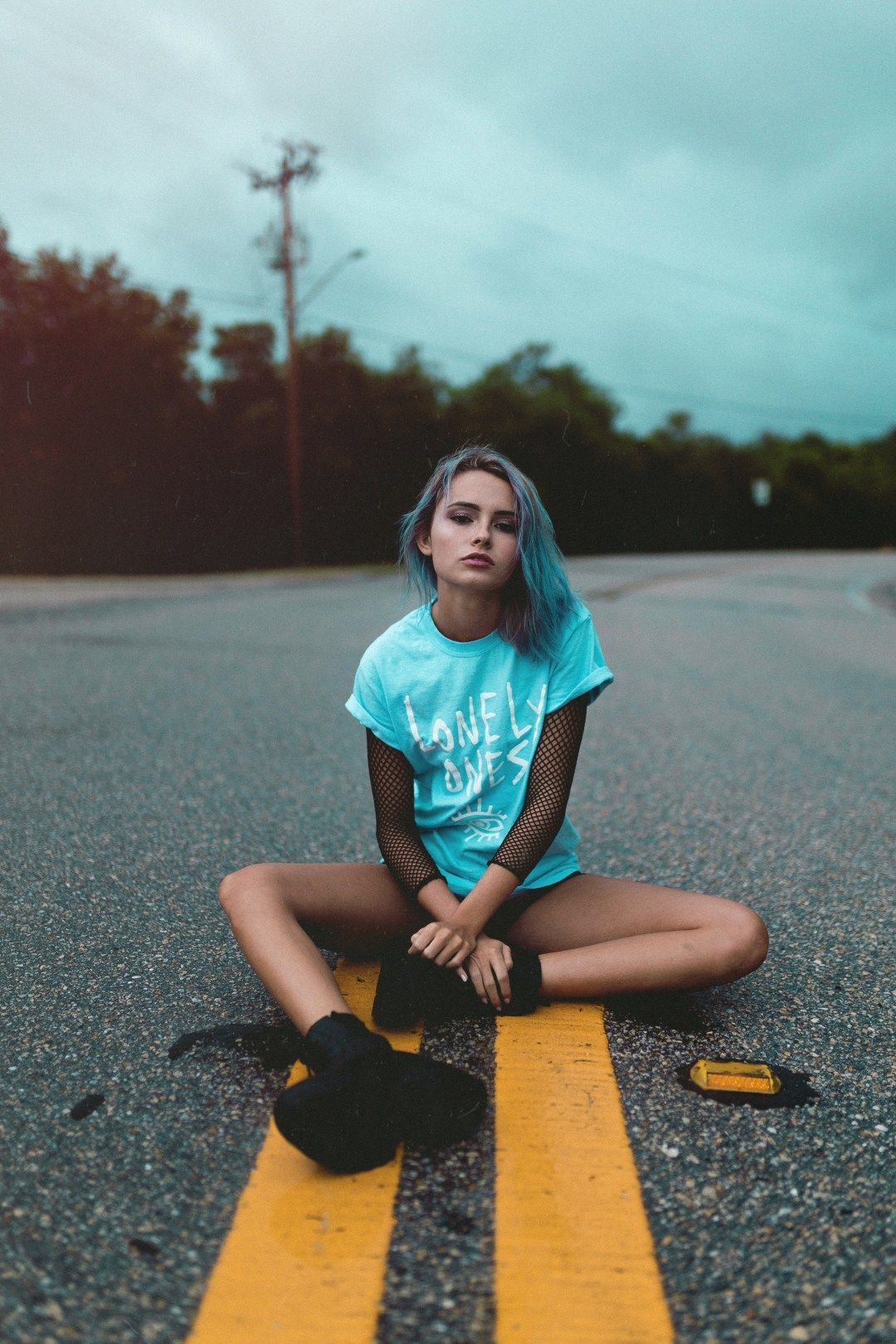 Girl Sitting Down Pictures  Download Free Images on Unsplash