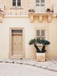 beige nude aesthetic unsplash desktop hd malta backgrounds stand making street externa porta manucurist door io nagellack dovessi rinascere ma
