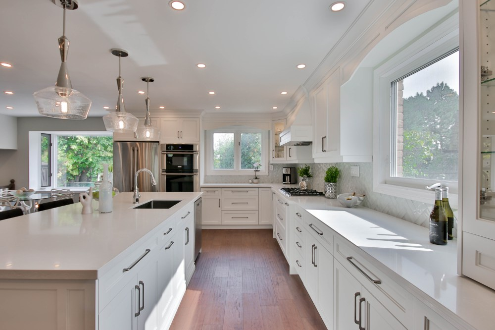 white wooden kitchen cabinet with