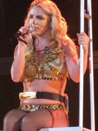 Britney, via al tour da «Femme fatale»