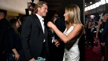 Se Jennifer Aniston loda l'ex marito Brad Pitt (nella reunion di Friends)