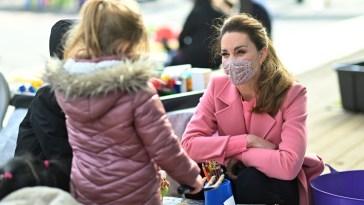 Kate Middleton, che non sarà all'inaugurazione della statua di Diana «perché non ha bisogno di essere trascinata nel dramma dei Sussex»