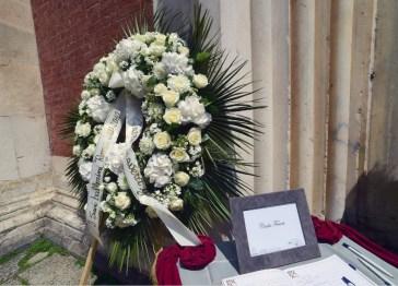 I funerali di Carla Fracci a Milano, la città ha dichiarato lutto cittadino