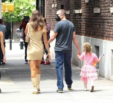 Kanye West è molto felice per la storia con Irina Shayk: «Non l'aveva mai dimenticata»