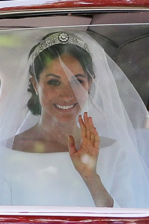 Kate e Meghan i beauty look da sposa a confronto