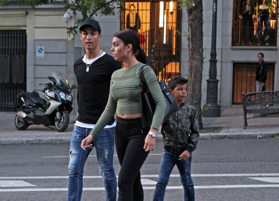 Cristiano Ronaldo la fidanzata Georgina e il figlio Cristiano Jr
