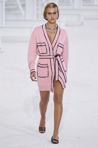Sfilata Primavera-estate 2021 di Chanel. Foto Gorunway