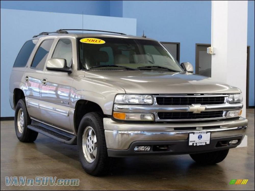 medium resolution of 2003 tahoe lt 4x4 light pewter metallic tan neutral photo 1