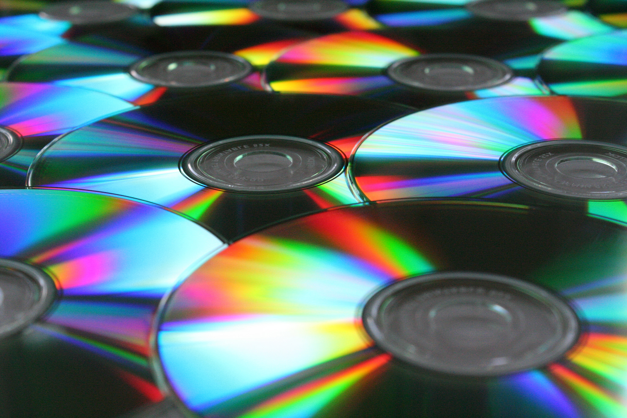 why are cds still