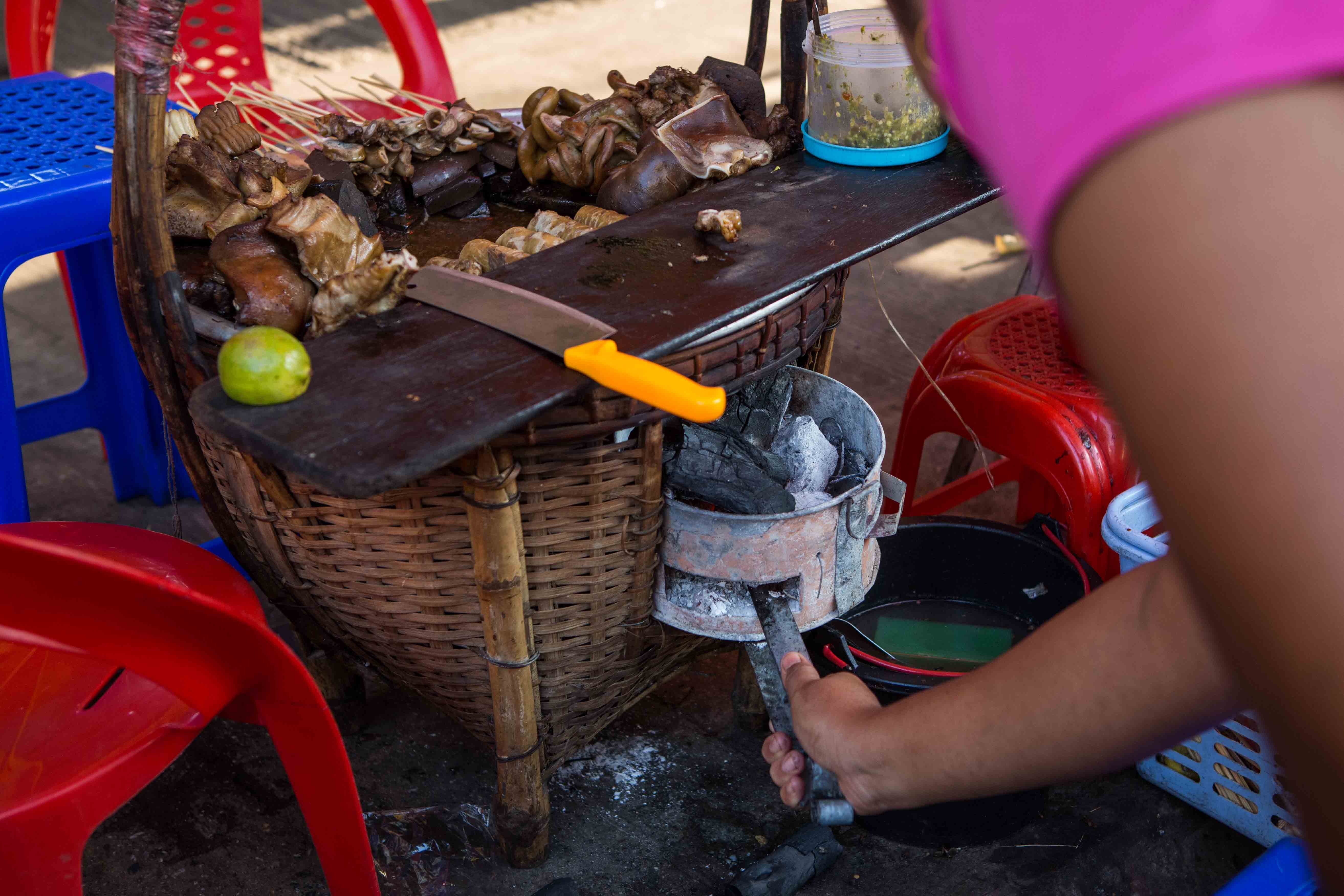 Yangon-Pork-on-Stick-stove