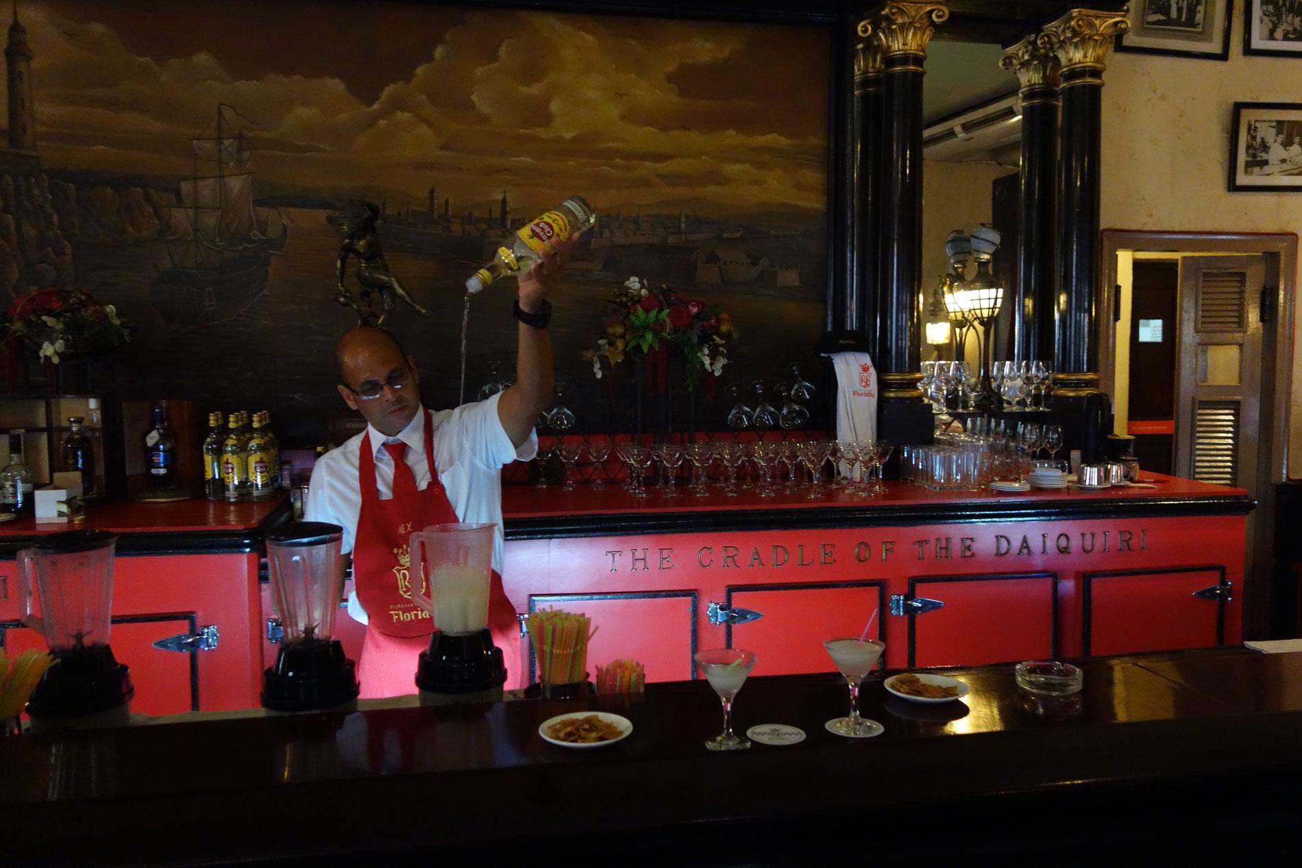 bartender-at-el-floridita