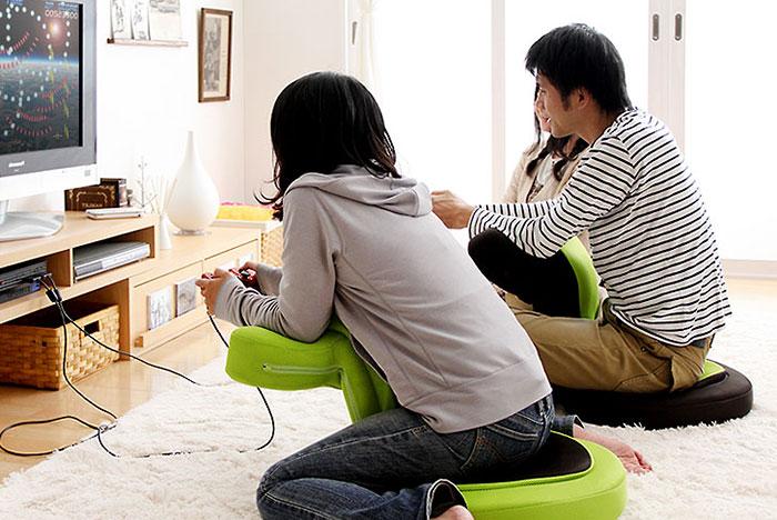 Sucesso no Japo cadeira promete ajudar postura de gamers