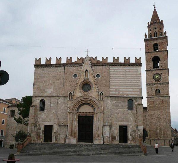 Cattedrale di Santa Maria Assunta Teramo Visit Italy