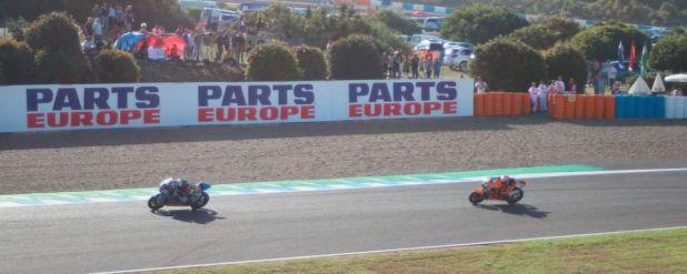Händler-Gewinnspiel: Parts Europe und Dunlop verlosen zwei Tickets für das MotoGP-Rennen am Sachsenring.
