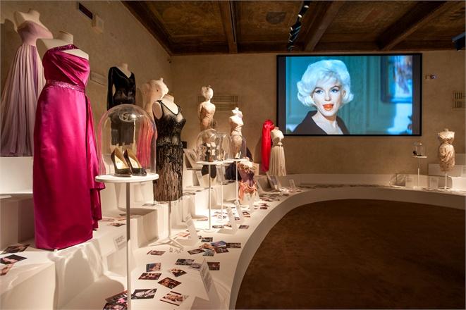 La retrospettiva dedicata all'icona Marilyn Monroe al Museo Ferragamo