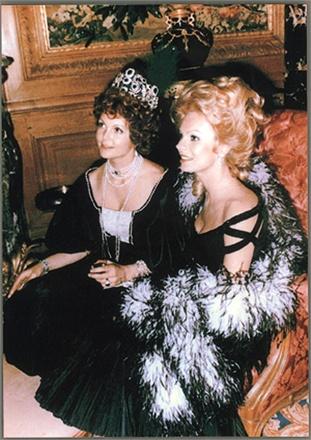 Maria Pia di Savoia  Vogueit