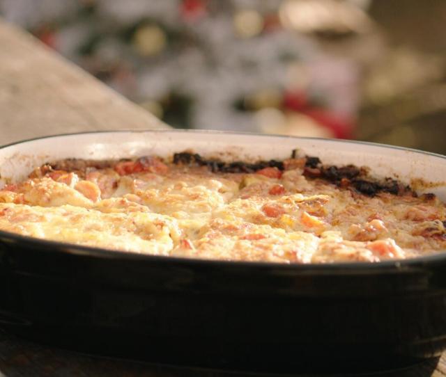 Omelet Met Worstjes Spinazie En Kaas Omelet Met Tomaat Spek En Kaas