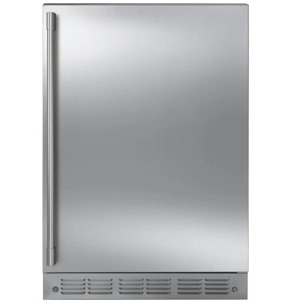 Bar Refrigerator with Icemaker