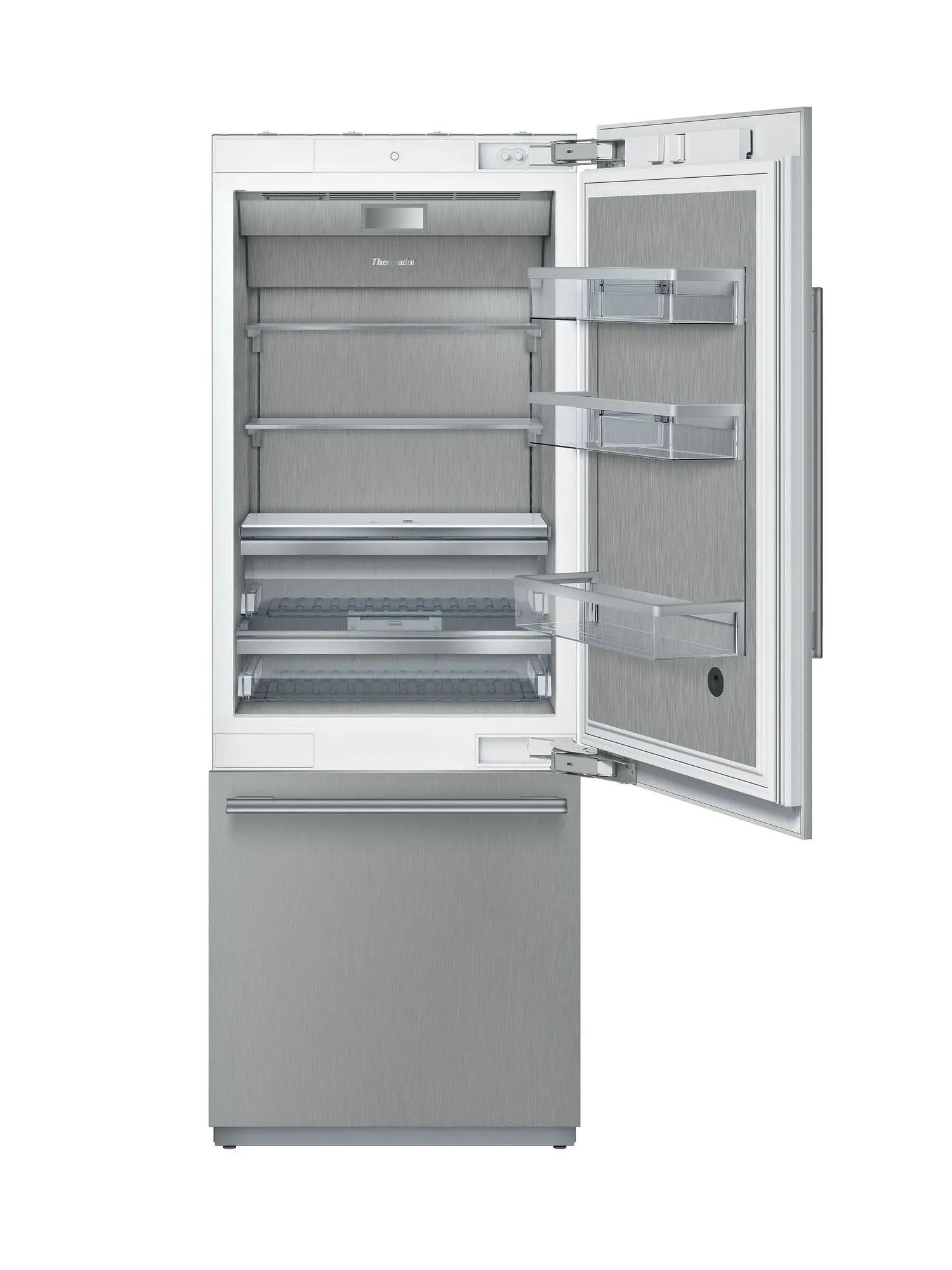 Built-in Two Door Bottom Freezer 30'' Masterpiece®