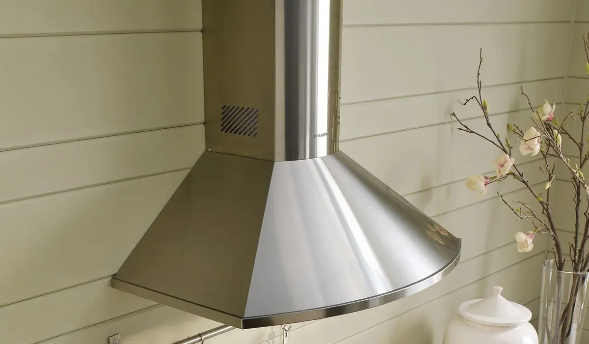 """36"""" rounded pyramid wall hood with Variable Air Management"""
