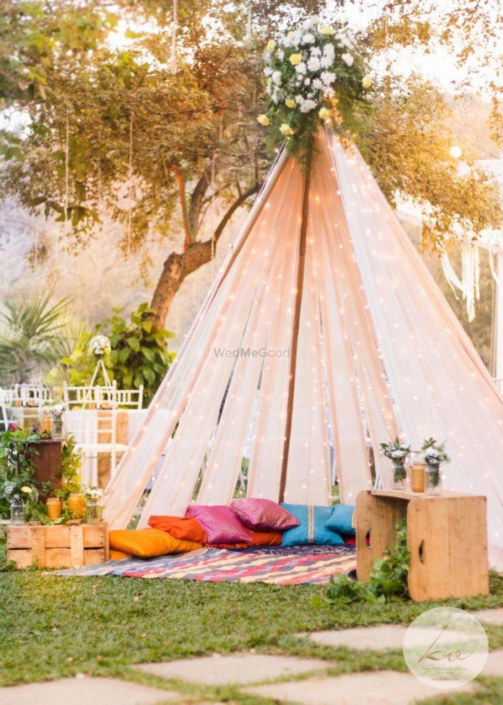 6 New Tent Ideas For Your Mehendi Or Haldi Decor Wedmegood