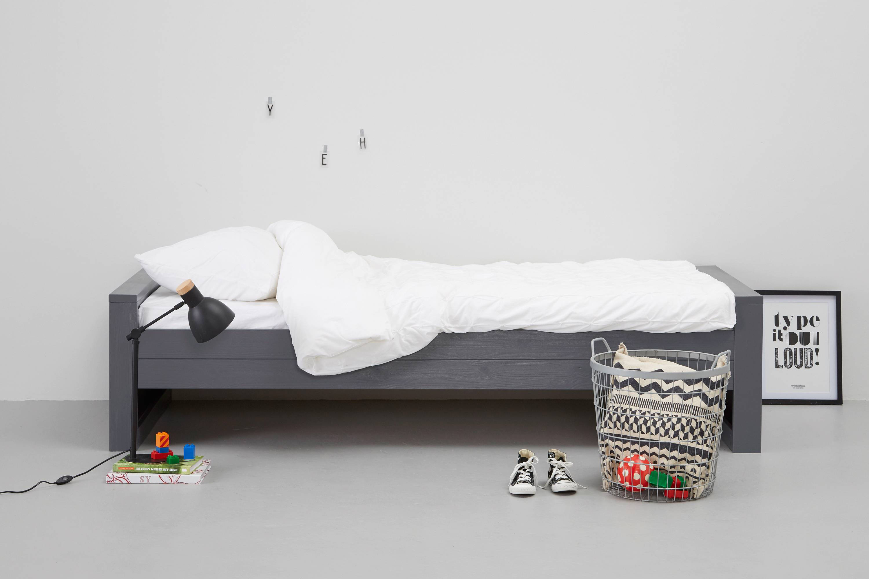 Woood Dennis Bed.Bed Dennis