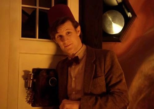 http://images.wikia.com/tardis/images/archive/f/f9/20120717174303!11th_Doctor_wearing_a_Fez.jpg