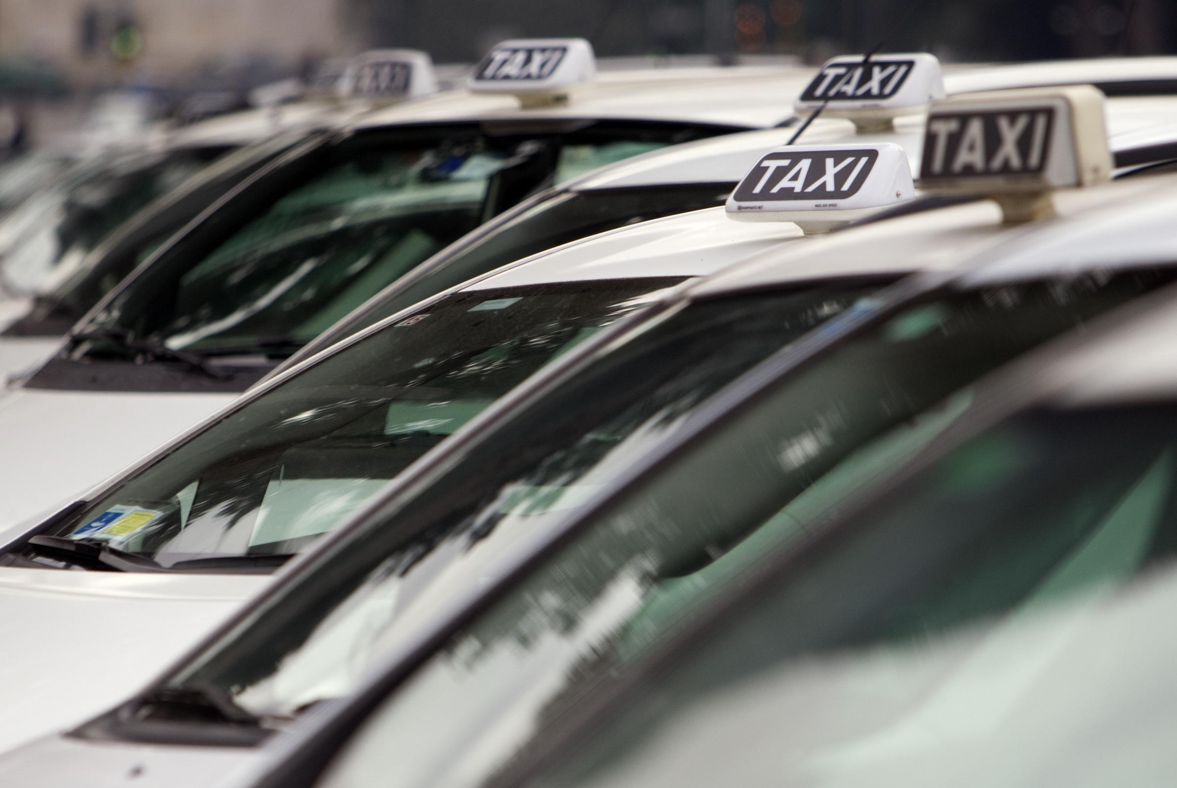 Alla rincorsa di Uber i tassisti lanciano le loro app  Wired