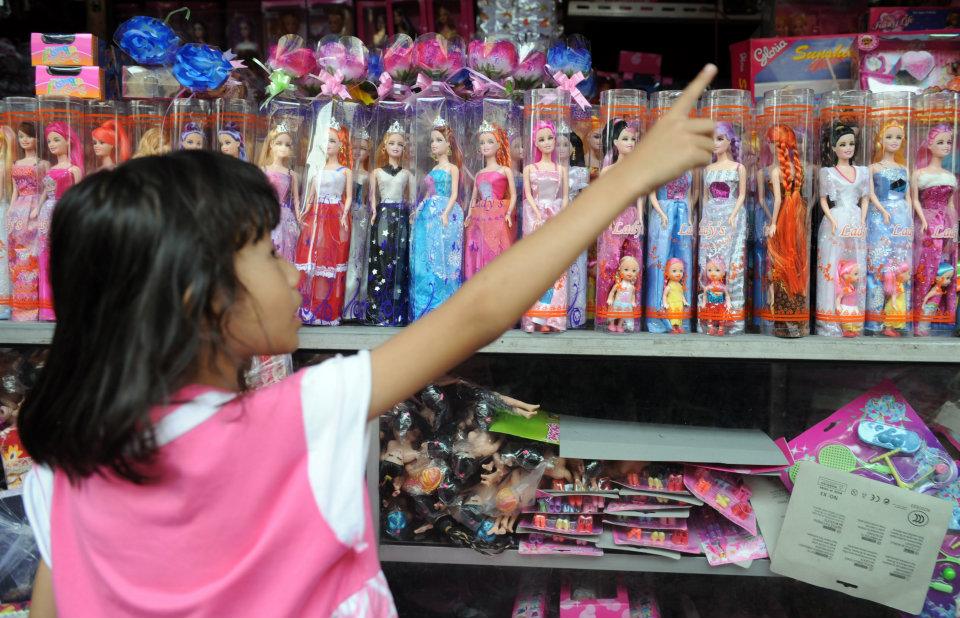 Perch le bambine dovrebbero giocare solo con le bambole  Wired