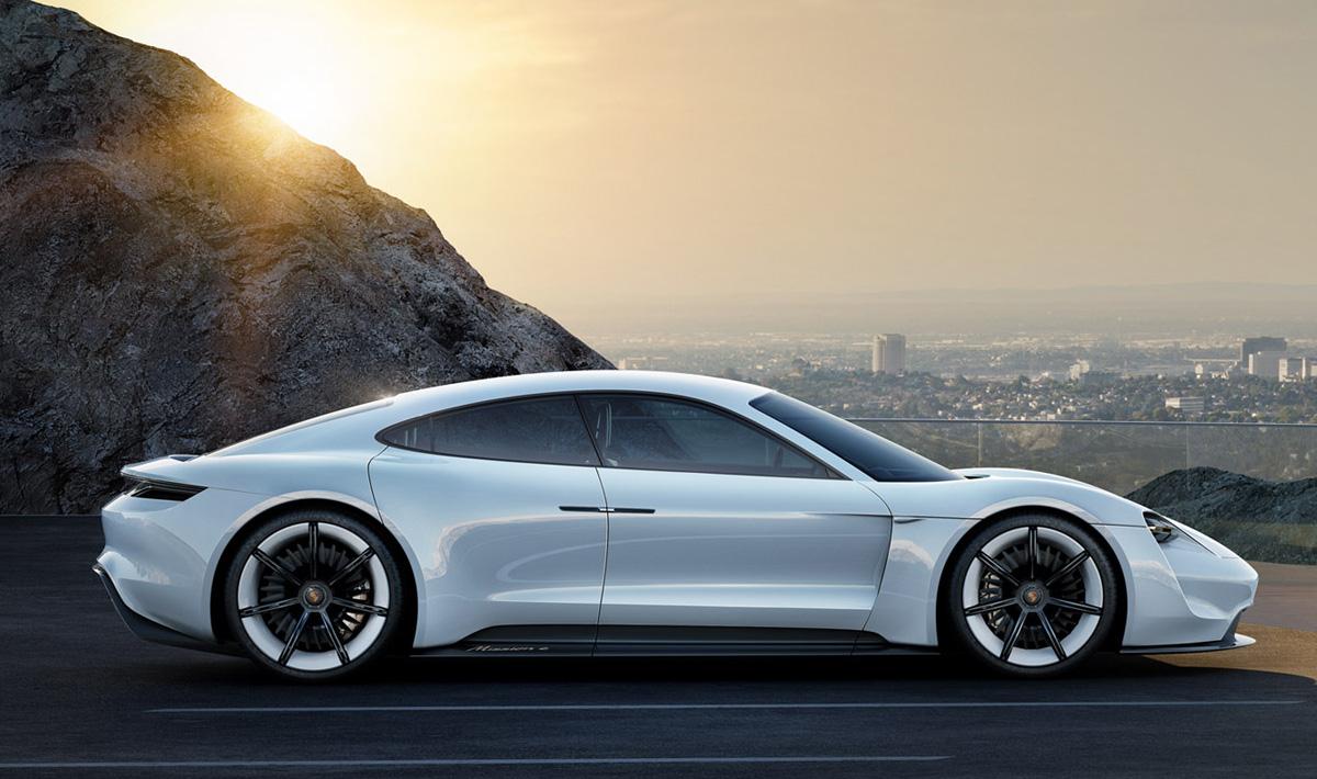 Mission E la Porsche elettrica che sfider Tesla  Wired