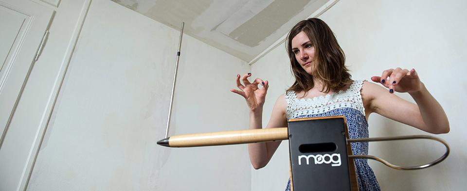 Il theremin e altri 10 strumenti musicali che non hai mai visto  Wired