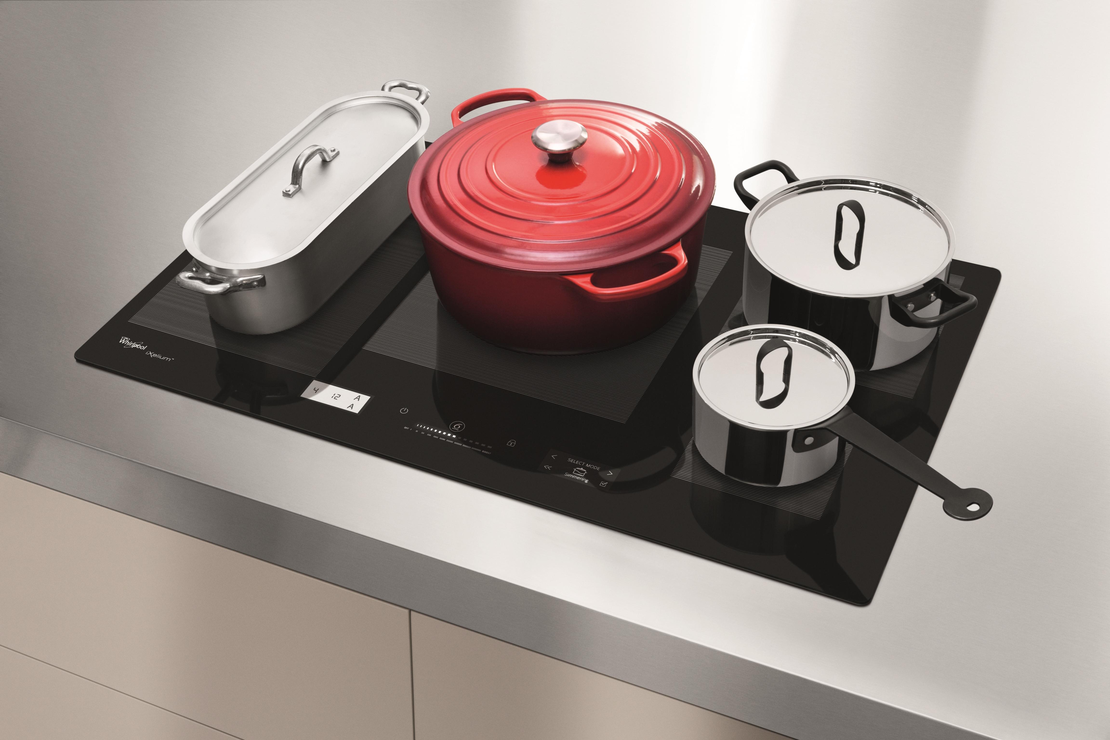 La cucina del futuro  smart compatta e con chef