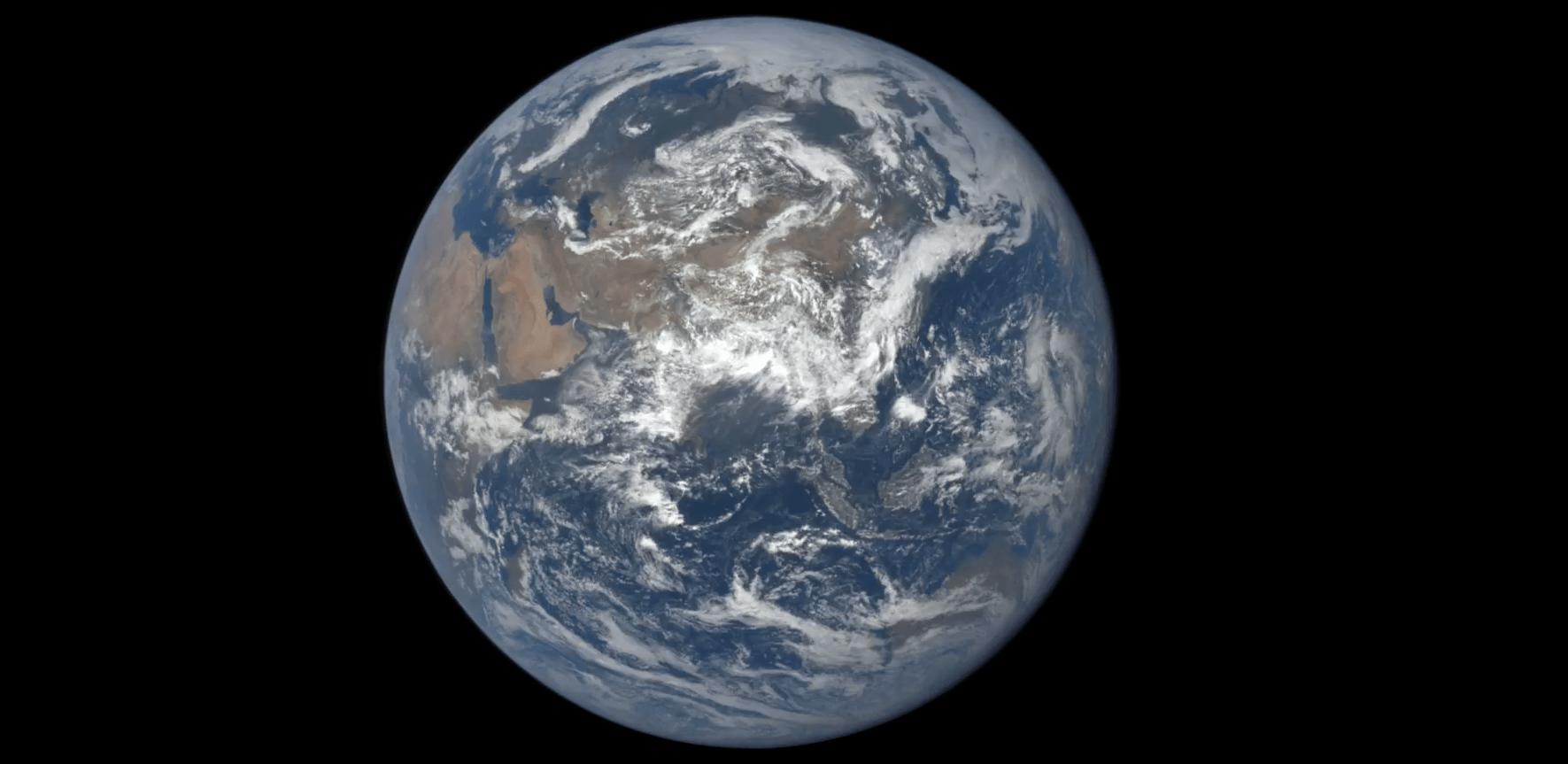 Un anno sulla Terra dallo Spazio e in time lapse  Wired
