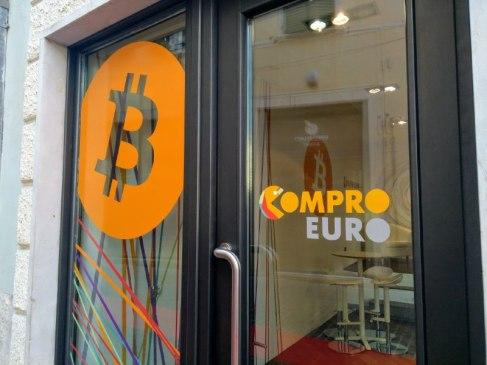 Risultati immagini per bitcoin in italia