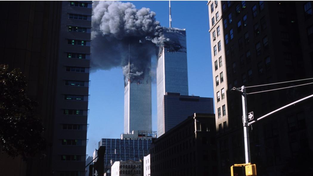 L'attacco terroristico alle Torri gemelle dell'11 settembre 2001 (Chris Collins/Corbis/Getty Images)