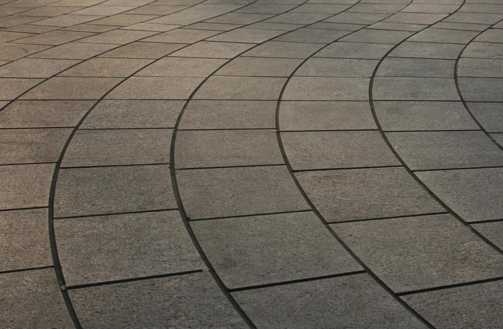 What are the Pros and Cons of Rubber Patio Pavers?