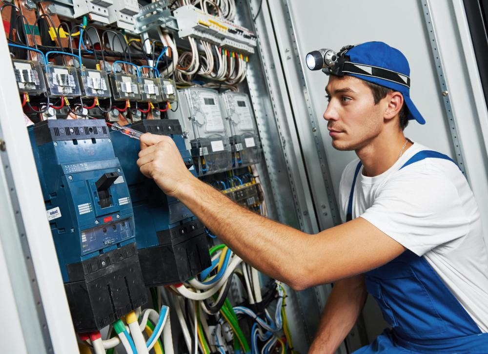 Maintenance Electrician Job Description