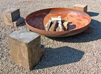 What are Fire Pit Logs? (with pictures)
