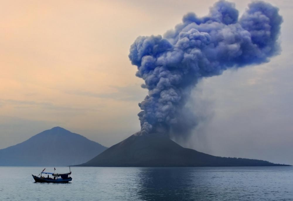 What Happened at Krakatoa? (with pictures)