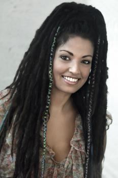 What Are Temporary Dreadlocks with picture