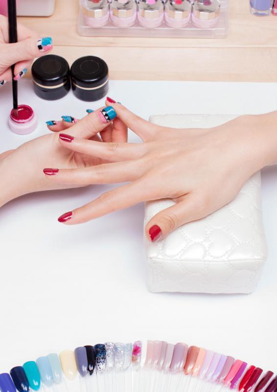 Acrylic Fingernail Nail Technician Must Work