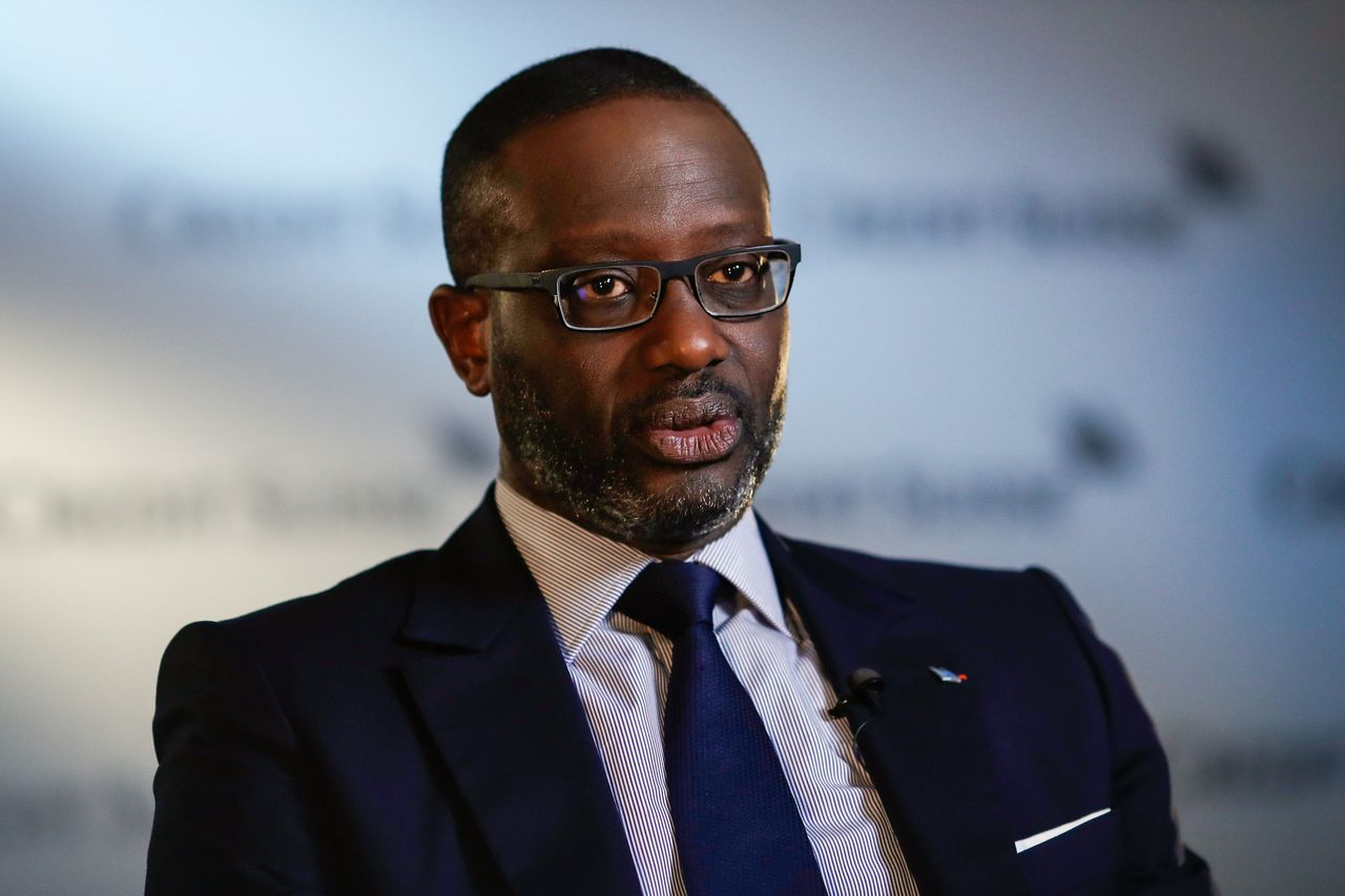 Flipboard Credit Suisse Puts Spy Scandal Blame On Ceo S