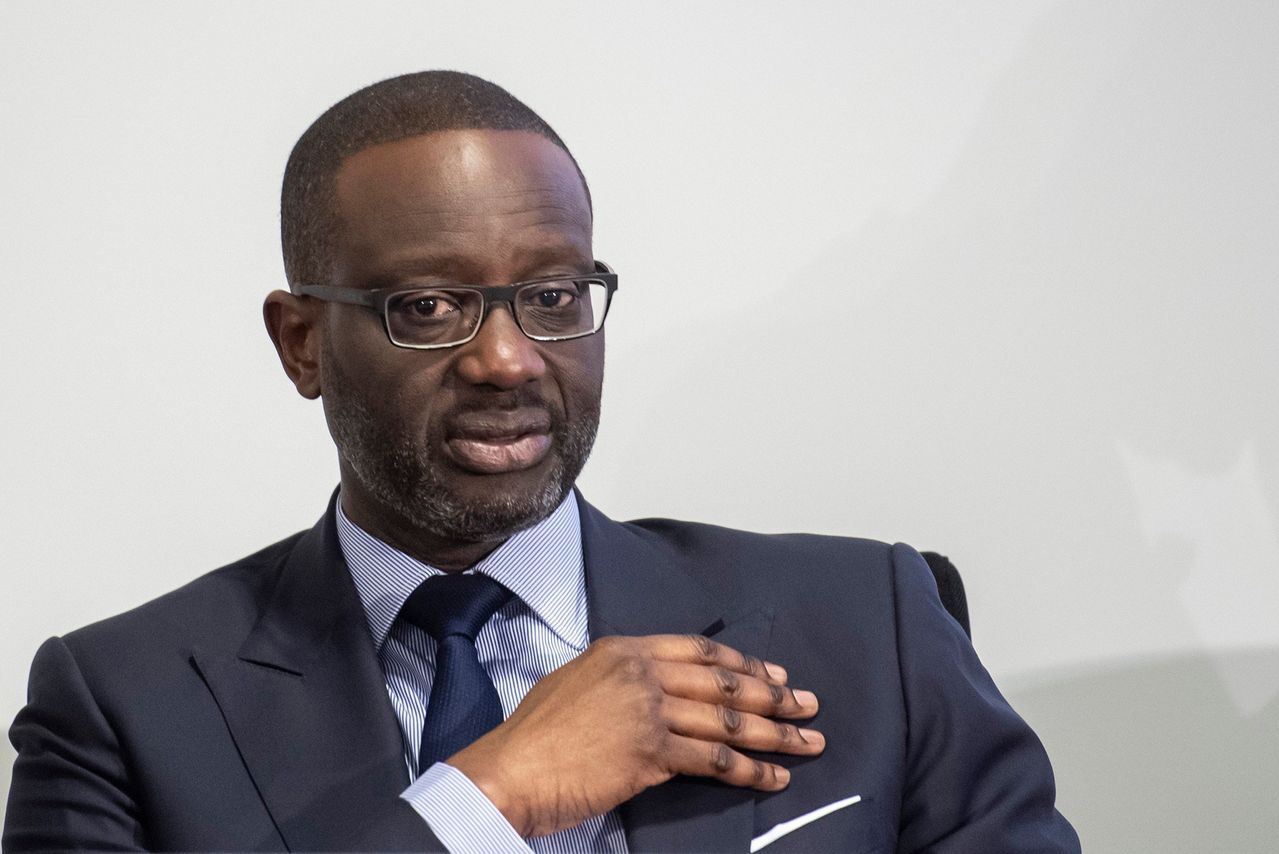 Flipboard Credit Suisse Chief Faces Spy Scandal Aftermath