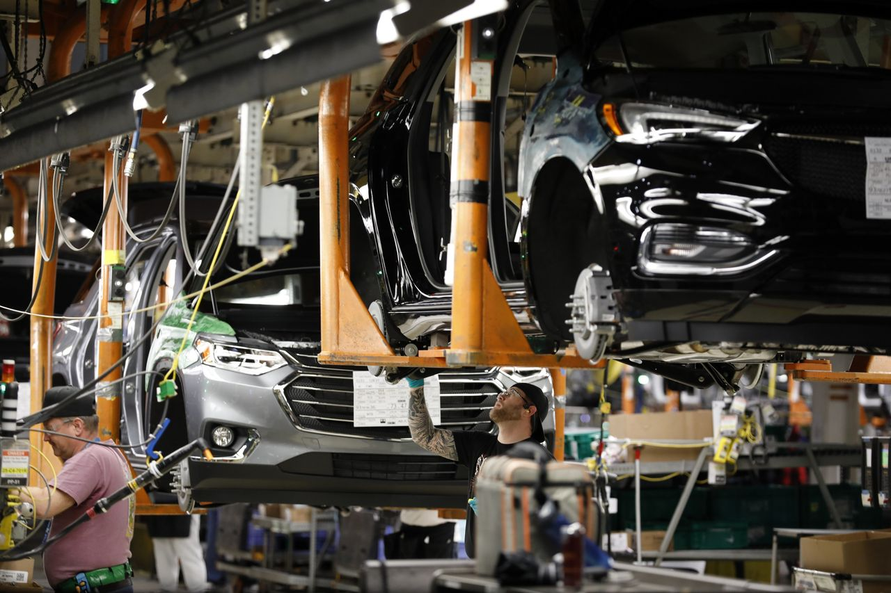 Auto Manufacturers Start Flying in Parts as Virus Threatens Supply ...