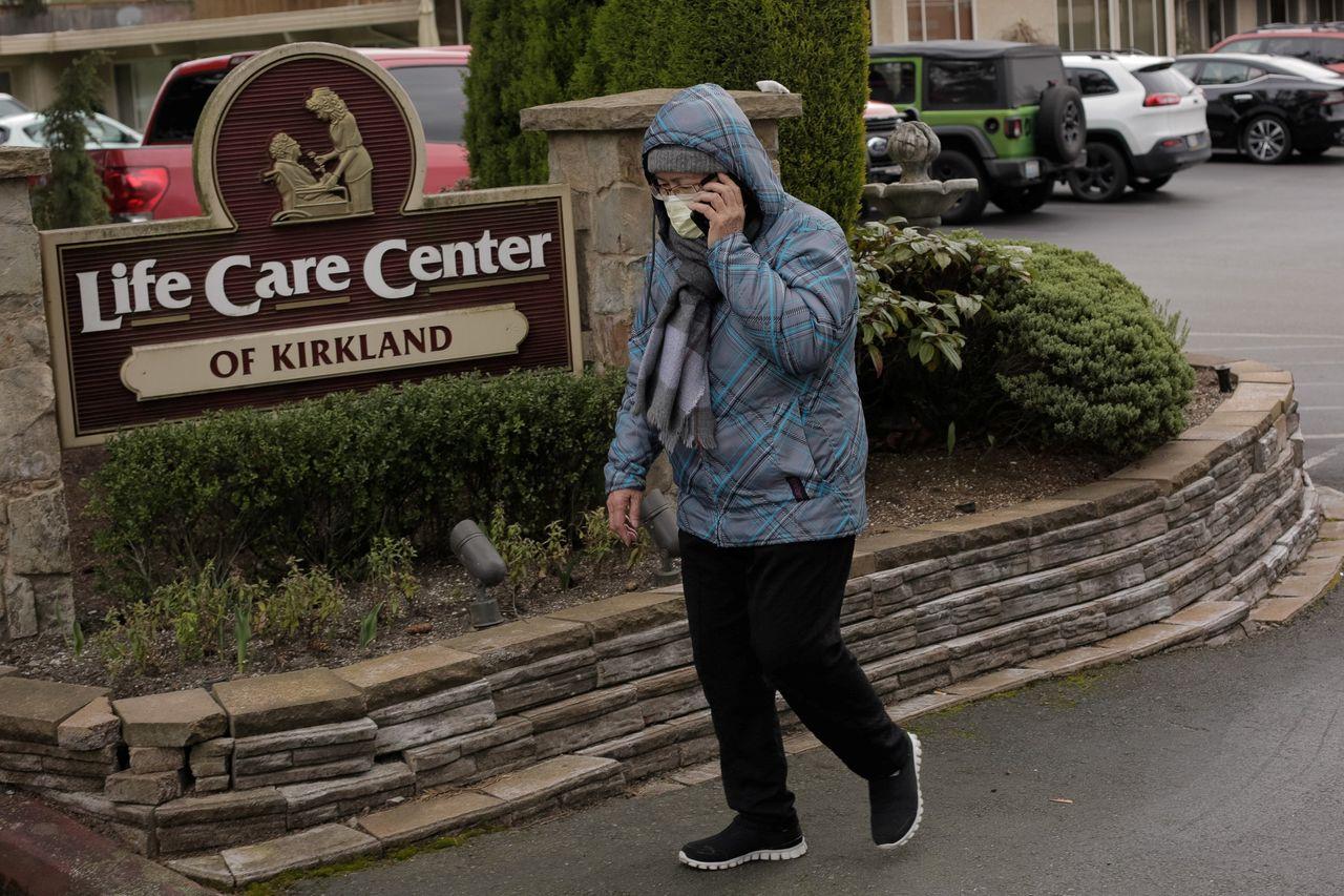 U.S. Coronavirus Death Toll Climbs to Six as Virus Spreads World ...