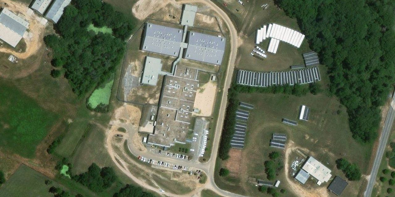 Pattern of Unnecessary Gynecological Treatments Identified at Georgia ICE Facility - WSJ
