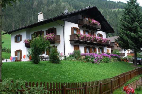 Bb Garni Apartments Hueber Val Sarentino Sarntal