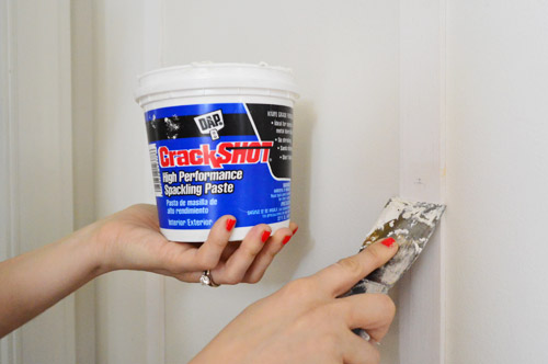 Best Way To Fill Nail Holes In White Trim