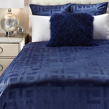 Ming Velvet Bedding  Sapphire  Roberto Siena Bedroom Inspiration  Bedroom  Inspiration  Z