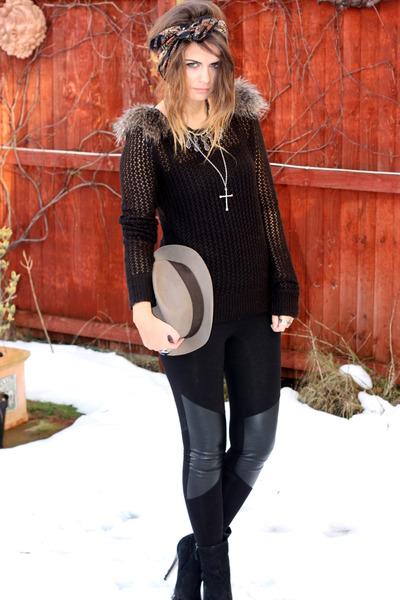 leggings - jumper - boots - hat